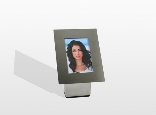 monument-rvs-met-urn-en-foto-bedrukt-op-aluminium-fotoplaat-die-weer-bestendig-is-10-x-10-x-22-cm-lijst-10-x-15-cm-inhoud-15-liter-_-29000