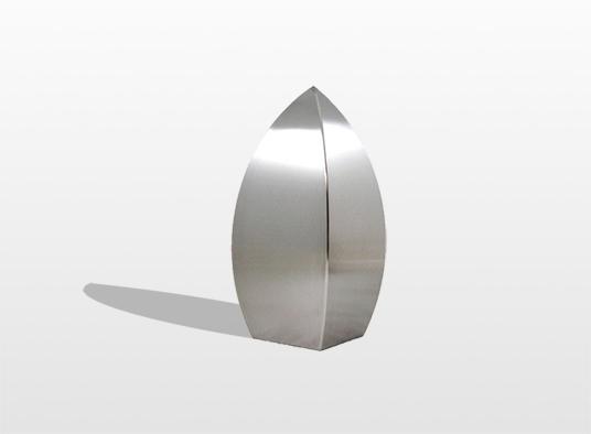 urn-de-drop-symboliseert-de-traan-die-onlosmakelijk-verbonden-is-aan-de-emotie-bij-een-afscheid-19-x-9-cm-inhoud-1-liter-_-31400
