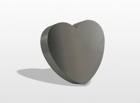 urn-hart-het-symbool-van-liefde-kan-los-geplaatst-worden-maar-kan-ook-worden-verwerkt-in-een-monument-28-x-28-x-7-cm-inhoud-35-liter-_-92000
